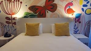 Een kluis op de kamer, individueel gedecoreerd, individueel gemeubileerd
