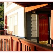 The RED Door Apt.- Couples' Refuge - Inside Yosemite - Sunsets & Stargazing