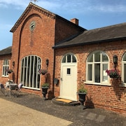 The Coach House - Luxury 3 Bedroom Country Getaway