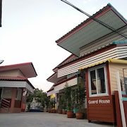 Jumbo Villa Homestay and Resort