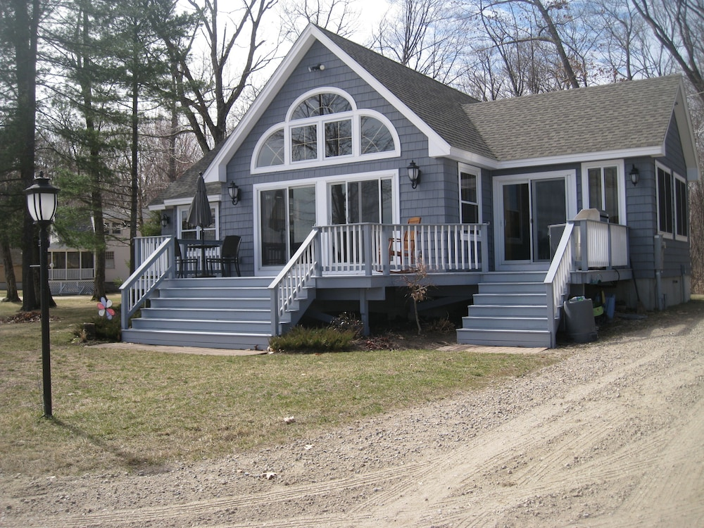 Waterfront Home With Beautiful Beach On Ossipee Lake In Center