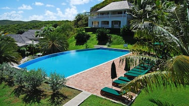 Nonsuch Bay Resort Private Apt by Pool, Stunning View - Tourist Board Certified