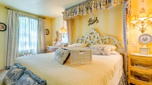 1 bedroom, individually decorated, iron/ironing board, rollaway beds
