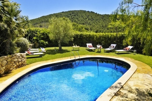 Country House Cal Simo Pool, Beach, Chill out , Bbq, Near to Sitges Guest 14/18
