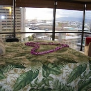 Best Value Downtown Honolulu Executive Centre Ocean View Parking Included
