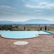 Sunset on Assisi. Apartment With Swimming Pool - 4 People