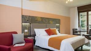 1 bedroom, premium bedding, down comforters, Select Comfort beds