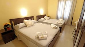 Värdeförvaringsskåp på rummet, gratis wi-fi och sängkläder