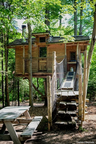 Chimo Refuges Treehouse Resort