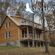 Awesome New House at Sky Hawk Ridge ... 185-acre Refuge on the Buffalo River