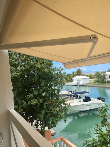 , Exceptional Waterfront Villa, Short Walk to Beautiful Secluded Beach