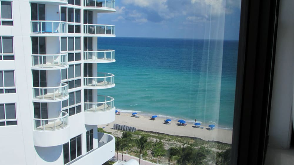 Beach/Ocean View, Casablanca Miami Beach