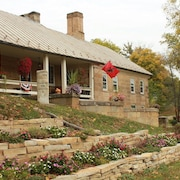 Headley Inn Bed and Breakfast