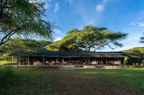 Woodlands Camp Serengeti