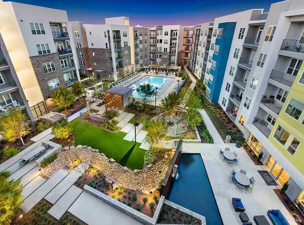 Luxury Piedmont Heights Apartments in Atlanta | Hotel Rates