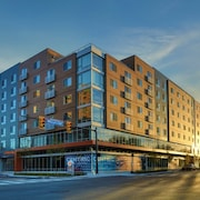 10 Best Hotels Closest to Cleveland Clinic in Hough for 2019
