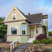 Lula's House - A Victorian Home With Mid-century Style in Historic Eureka