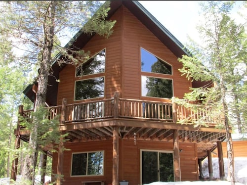 Mountain Pines Luxury Cabin 3 Bedrooms+4 Bath+wifi