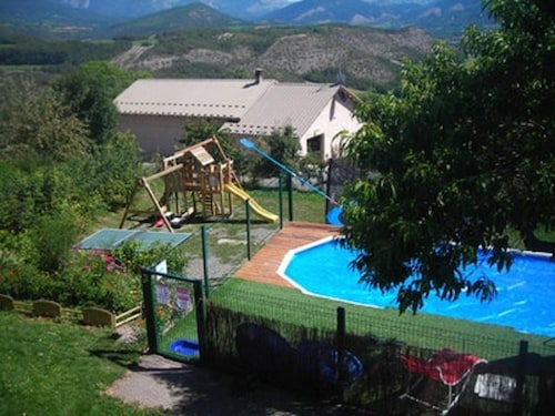 Apartment With 3 Bedrooms in Selonnet, With Wonderful Mountain View, Pool Access and Furnished Balcony - 15 km From the Beach