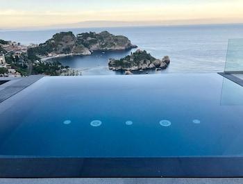 Isola Bella Infinity Suites