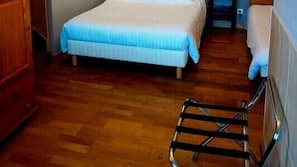 Blackout curtains, iron/ironing board, free cots/infant beds