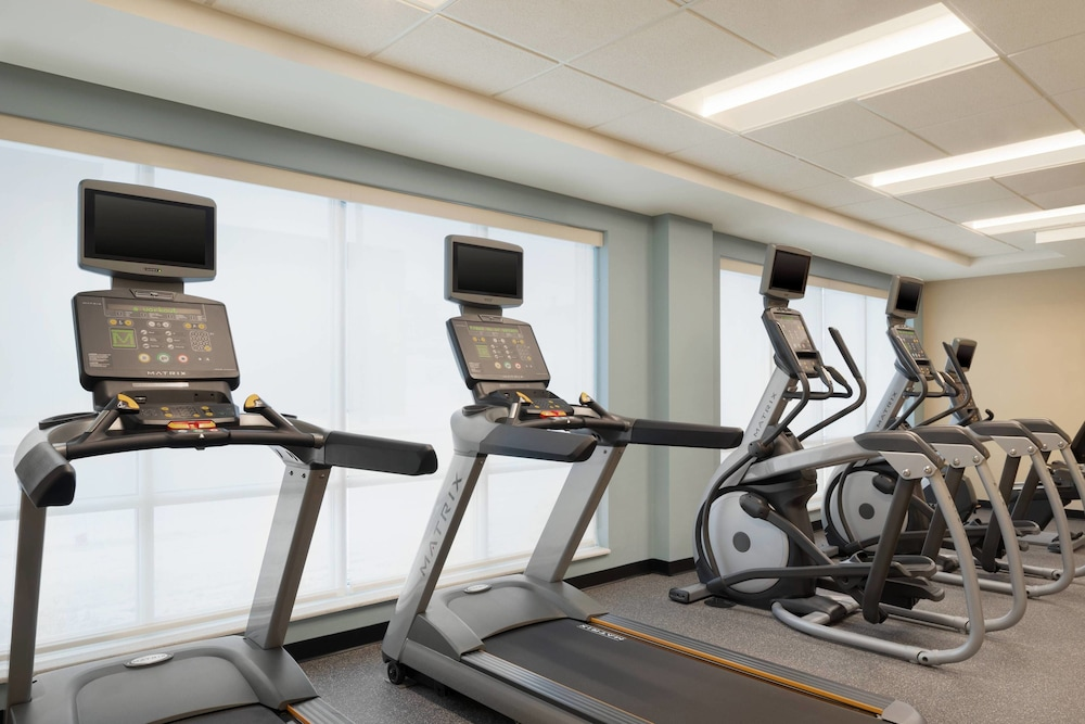 Fitness Facility, TownePlace Suites by Marriott Dubuque Downtown