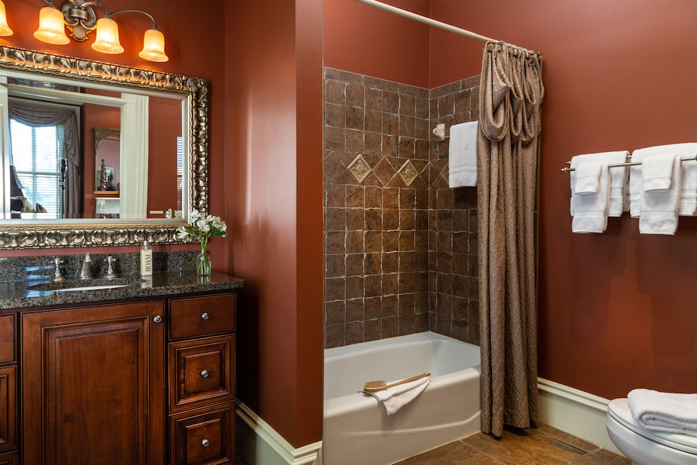 Bathroom, The Inn on West Liberty