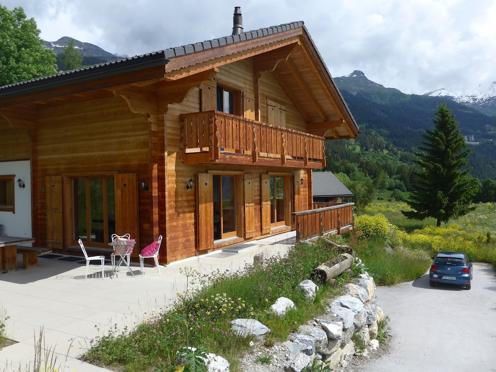 Crans Montana - Large and Modern Chalet With Stunning Views ...