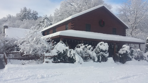 An Adirondack Lodge Just 15 Minutes From Gore Mt ski Area