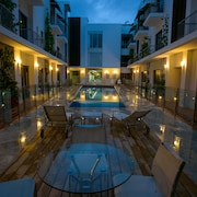 Boutique/Exclusive House in