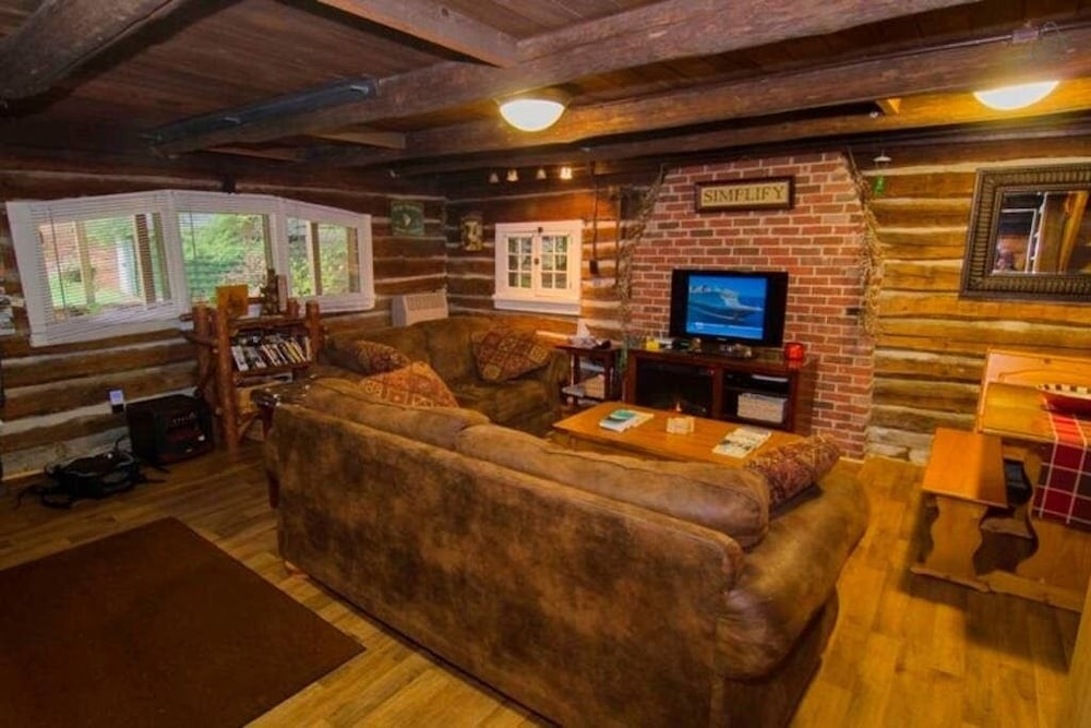 Living Room, Stream Side Log Cabin Perfect for Cherry Springs