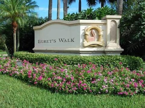 Come and Relax in Naples, Florida!