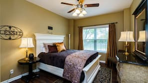 6 bedrooms, iron/ironing board, WiFi, bed sheets
