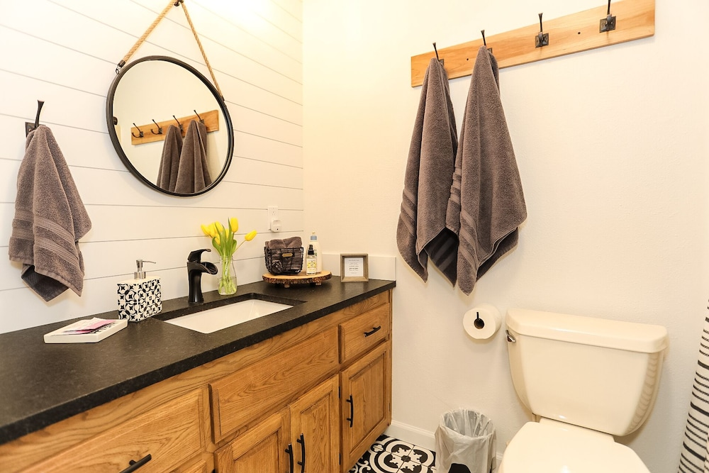 Bathroom, Caddyshack~ Newly Remodeled Townhome Yards From Back 40 Bike Trails