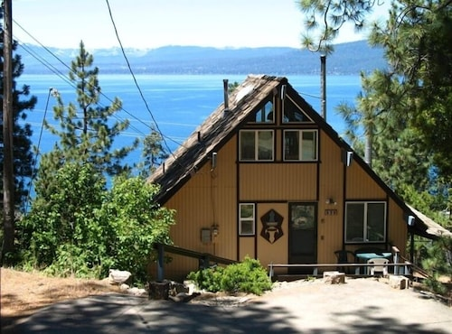 'sunset Chalet' Spectacular - Panoramic - Lake Tahoe Views!!!! Wifi