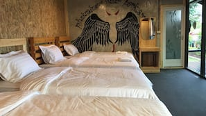 1 bedroom, individually decorated, free WiFi, bed sheets