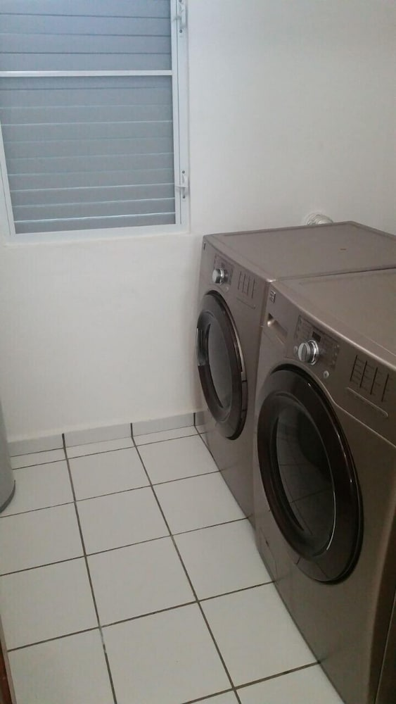 Laundry, El Legado Golf Resort High end Finishes