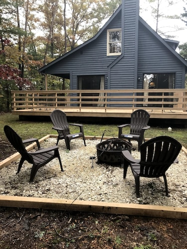 Woodpecker Retreat at Bryce Resort. Peaceful 3 bed 2 Bath Chalet