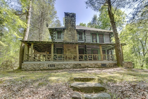 Shamrock House:historic Log Cabin, Servant's Quarters, Cottage With Trout Stream