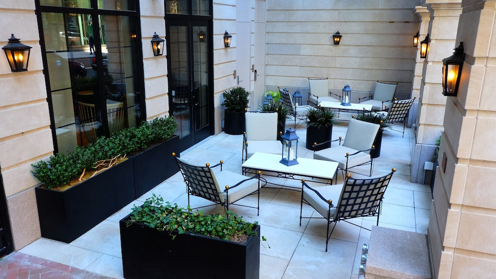 Terrace/Patio, Renaissance New York Chelsea Hotel
