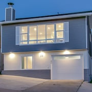 New Listing!! 5 Star Host Majestic Ocean View Contemporary Home by San Francisco