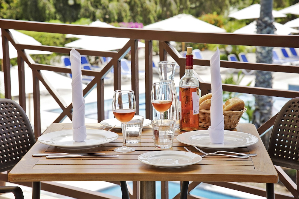 Outdoor Dining, TUI MAGIC LIFE Calabria - All Inclusive