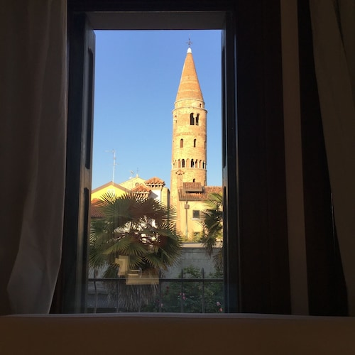 Elegant Apartment in the Historic Center of Caorle and Close to the sea