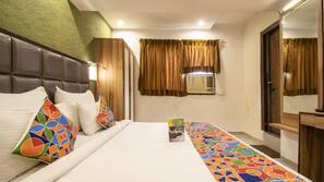 Premium bedding, pillow top beds, desk, free WiFi