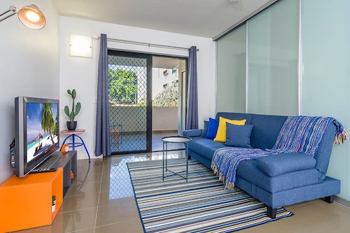 Newly Furnished 1 Bedroom Bowen Hills