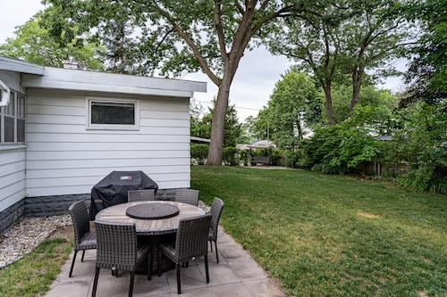 Peaceful Bungalow Style Home w/ Spring Lake Beach Access!