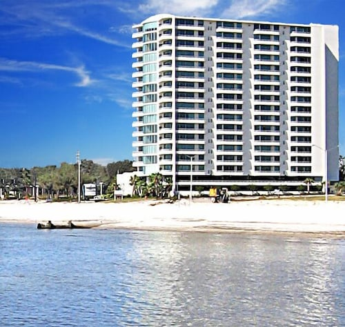 Affordable Luxury Biloxi Beach Condo Next To Casino In Biloxi