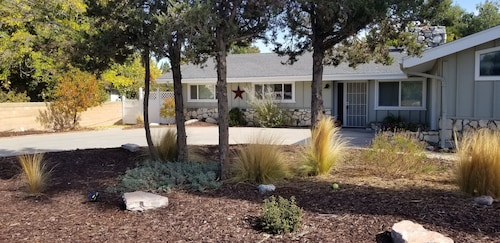 Fairway Place... THE Perfect Paso Robles Location, Golf, Wineries, Concerts Fair