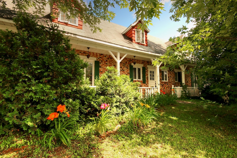 Maison de vacances canadienne Quebec in Quebec | Hotel Rates ...