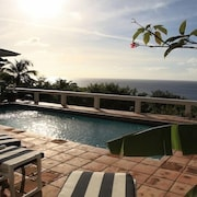 Secluded 2 Bedroom Villa With Breathtaking Views Over the Caribbean Sea